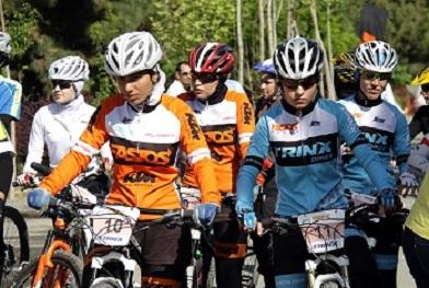 بانوی دوچرخه سوار کردستانی به تیم ملی ایران دعوت شد