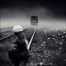 تنهایی در انتظار قطار عشق ...