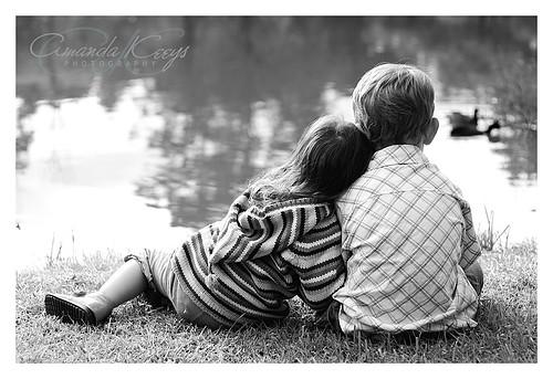 خوشبختی همین در کنار هم بودن هاست همین دوست داشتن...