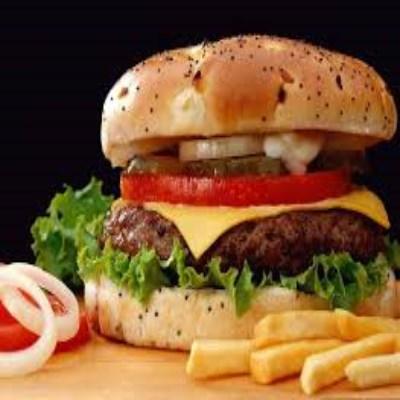 عوارض باورنکردنی خوردن همبرگر