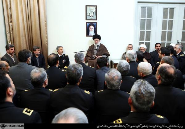 دیدار فرماندهان و مسئولان نیروی دریایی ارتش با رهبر انقلاب