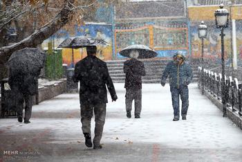 دمای هوای اردبیل ۱۸ درجه کاهش مییابد/بارش برف در راه است