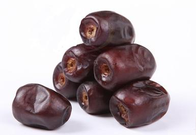 خرما میوه ی گرمسیری