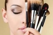 آموزش تمیز کردن لوازم آرایشی
