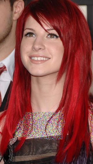 فرمول رنگ موی قرمز و فشن Hayley Williams