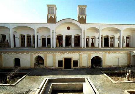 بناهای تاریخی آران و بید گل