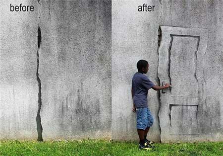 هنرنمایی روی دیوار تَرَک خورده+تصاویر