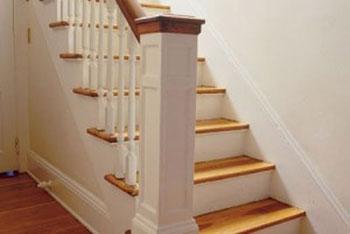 بالا رفتن از پله ضرر دارد یا پایین آمدن از آن؟