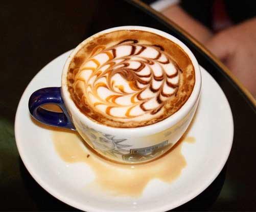 هنرنمايي هاي جالب بر روي قهوه