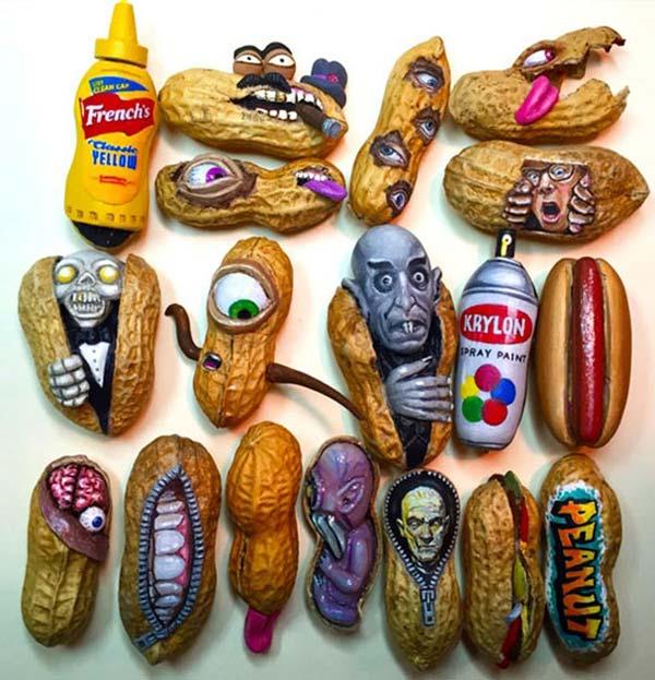 آثار هنري با بادام زميني