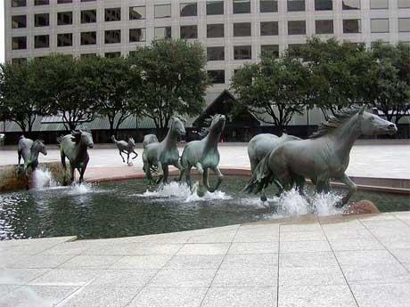 مجسمههاي زیبا و معروف