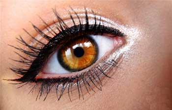 عوارض خط چشم را میدانید؟