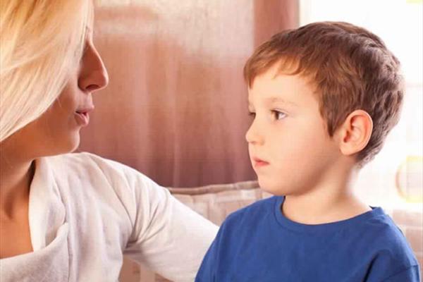چطور میتوان بچه حرفگوشکن تربیت کرد؟