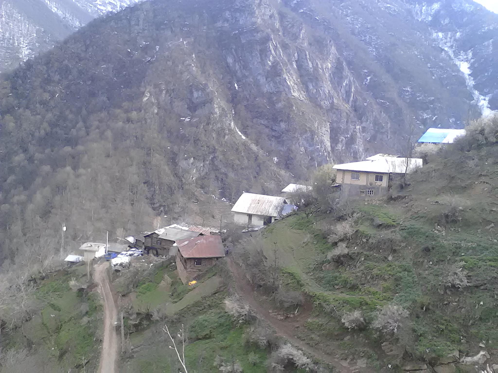 خضرة القرية الکلامره والمنطقة السياحية الأكثر جمالا في شمال إيران