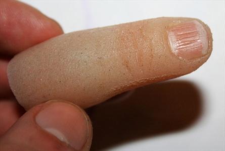 ساخت انگشت مصنوعی با استفاده از پرینتر سه بعدی