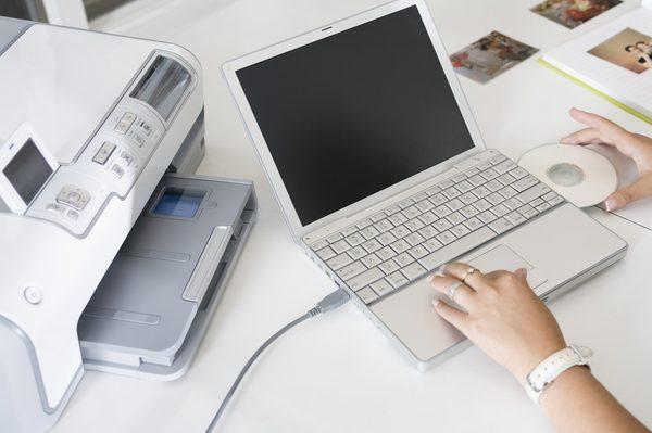 چگونه پرینتر را به لپ تاپ وصل کنیم