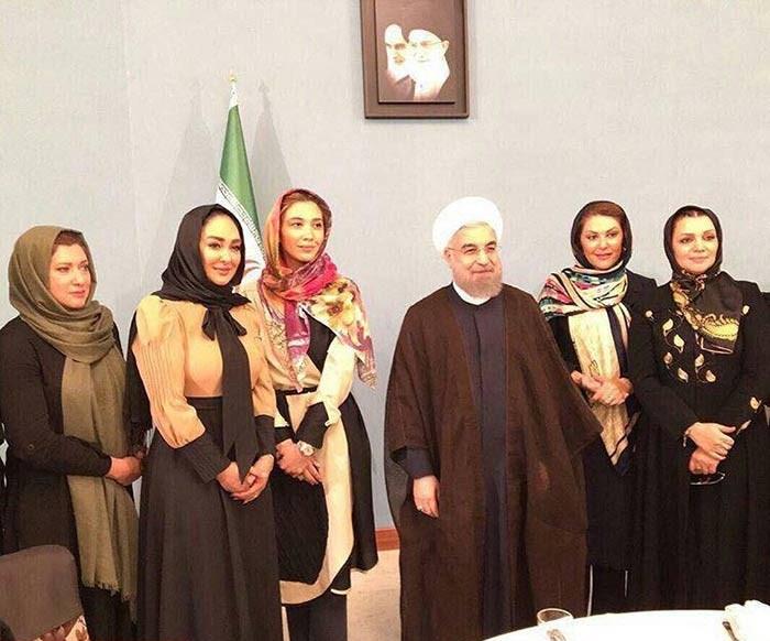 عکس یادگاری ۵ بازیگر زن با رئیس جمهور روحانی