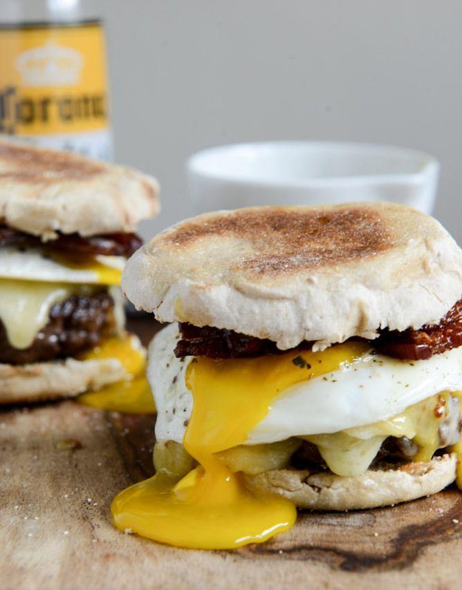 طرز تهیه همبرگر مخصوص صبحانه