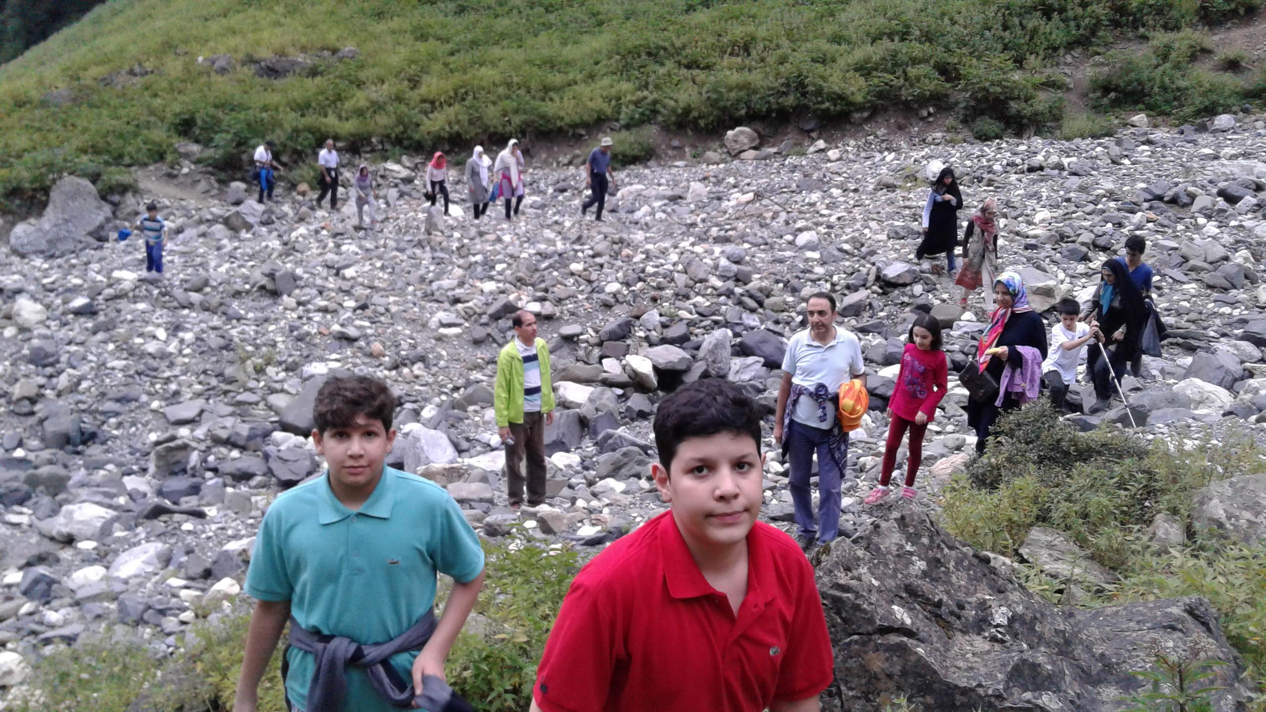 برگزاری همایش تفریحی و کوهنوردی کارکنان مپنا توگا در دهکده ی گلامره