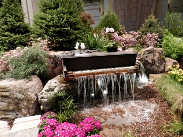 ایده برای ساخت آب نما در حیاط خانه یا در باغ