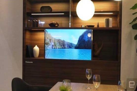 تلویزیون شفاف که بهجای شیشه استفاده میشود