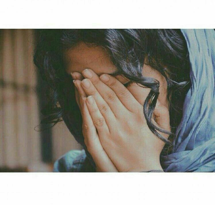 عکس پروفایل دختر غمگین