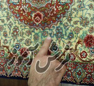 چگونه و به چه نحوی لکه های فرش دستبافت را پاک کنیم؟