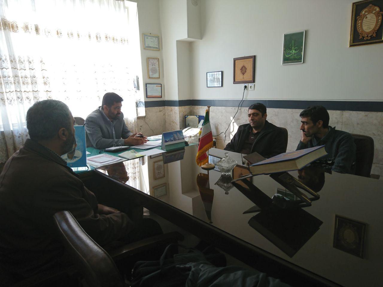 جلسه شورای دبیران دبیرستان شهدای گردبافان برگزار شد.
