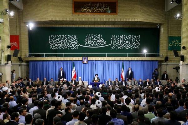 مسئولین در ذکر مبانی اسلامی صریح باشند