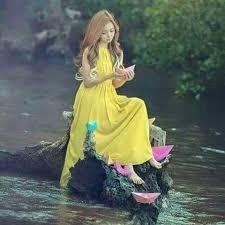 دختر تنهای کره ای