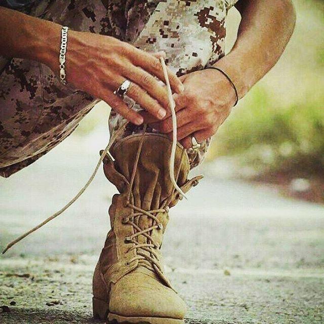 عکس عاشقانه سربازی برای پروفایل2