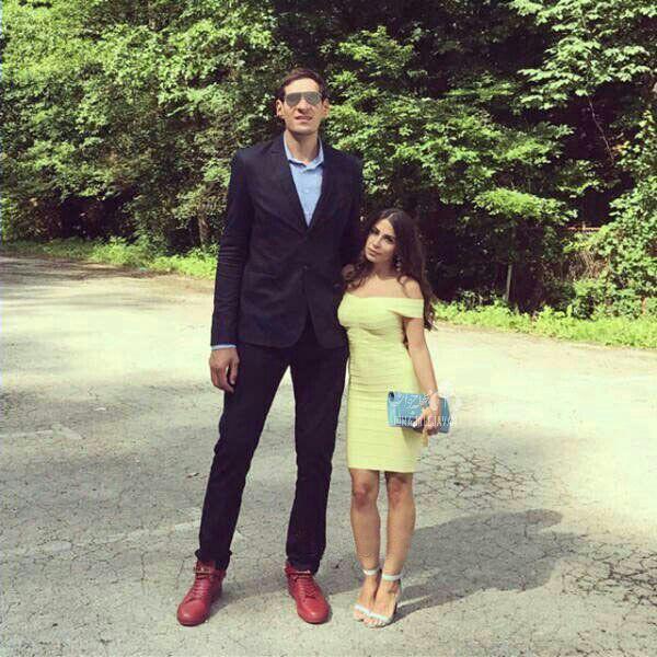 شوهر قد بلند