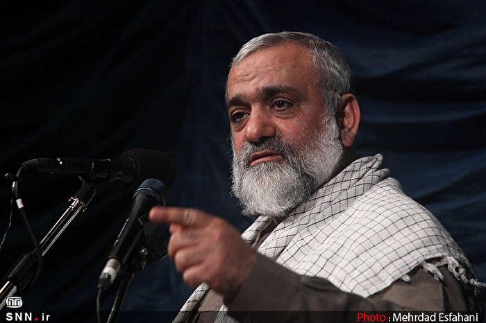 تلاش برخی از نفوذی ها در ایران برای ناراضی کردن مردم