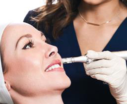 بهترین کلینیک پوست برای پاکسازی پوست با تخفیف ویژه