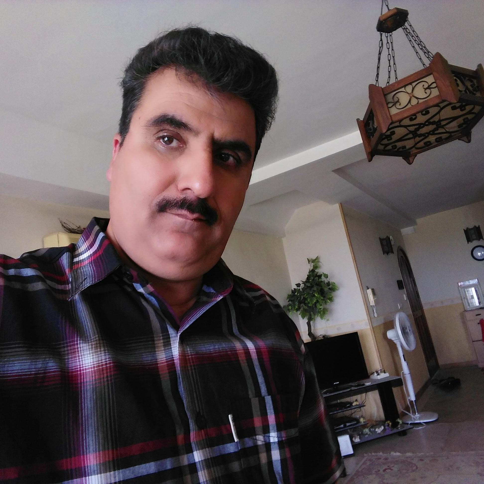 000000122 مدیر عامل شرکت بین المللی برنطین کیش نوروز میرزاده