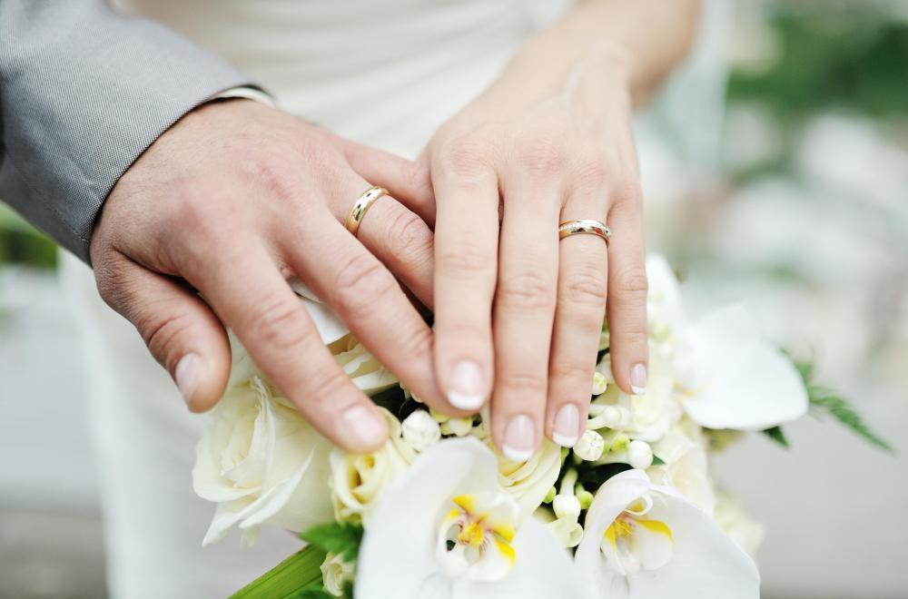 بانکها چه شرایطی برای دادن وام ازدواج ۱۵میلیون تومانی دارند؟