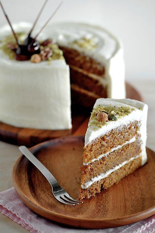 طرز تهیه کیک هویج و نارگیل