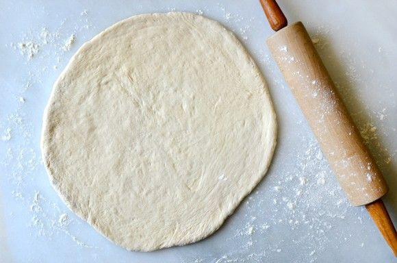 طرز تهیه پیتزا برگ کلم و گوشت2