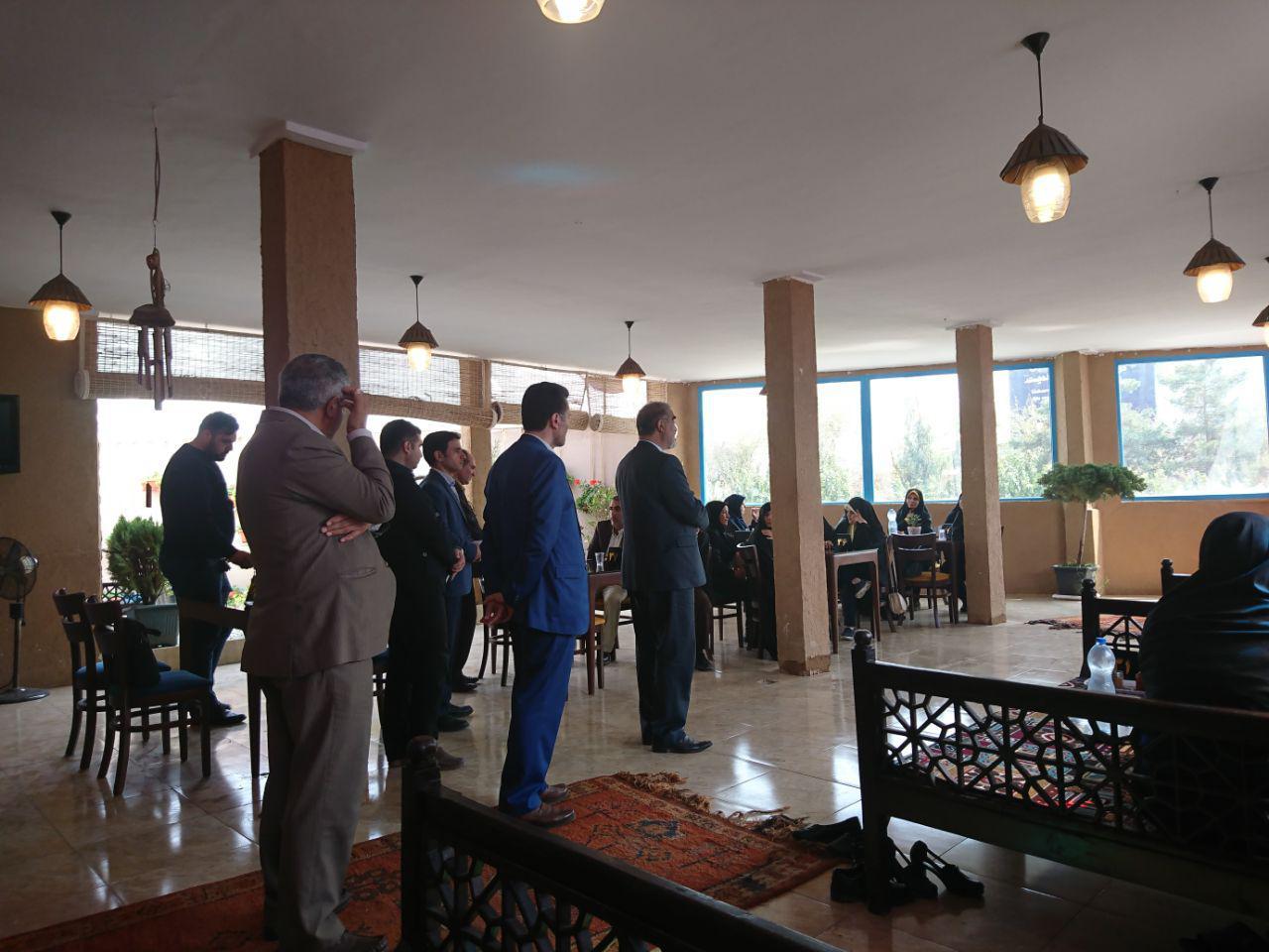 دعوت از همکاران مدرسه ی گردبافان از طرف مدیریت محترم منطقه در سالن غذای مهر