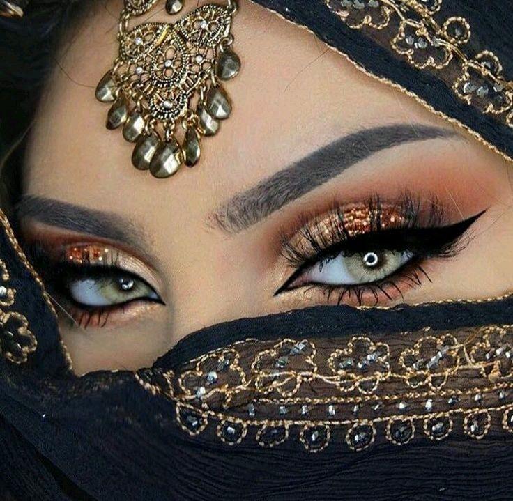 مدل آرایش چشم برای چشمهای درشت 1