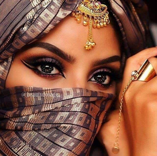 مدل آرایش چشم برای چشمهای درشت 9