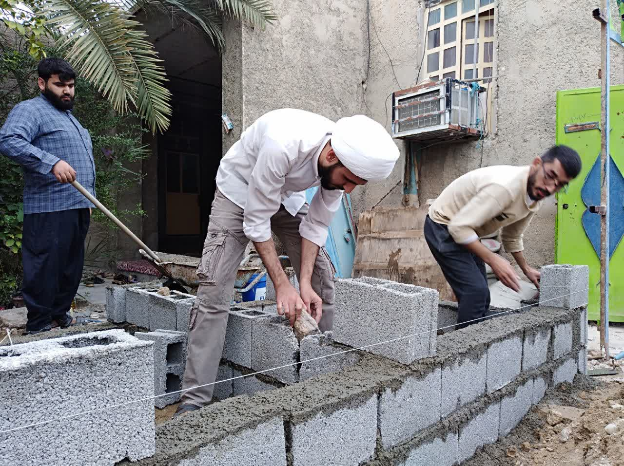 خدمات رسانی طلاب جهادگر و بسیجی استان به نیازمندان شهر چغادک+تصاویر