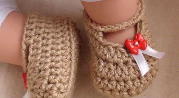 کفش های بافتنی نوزادی دخترانه و پسرانه