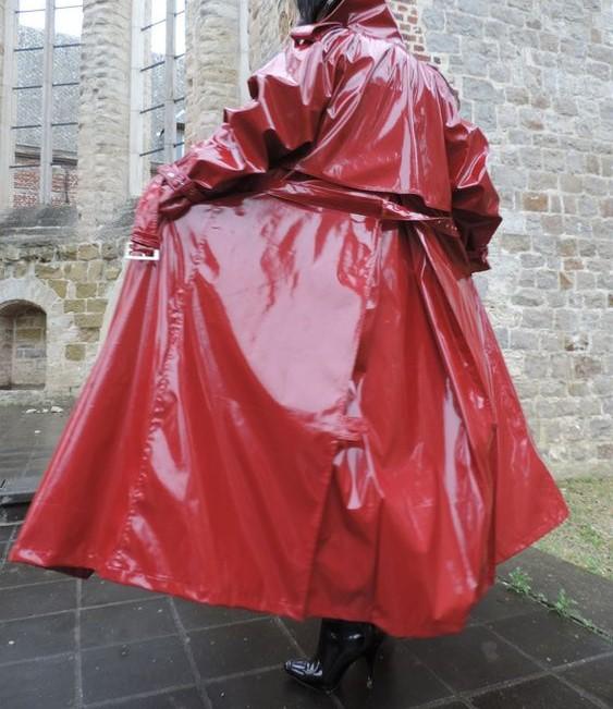 مدل مانتو بارانی کلاه دار