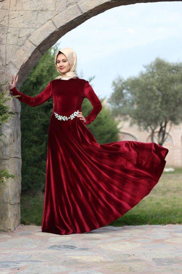 مدل لباس مجلسی بلند مخمل2