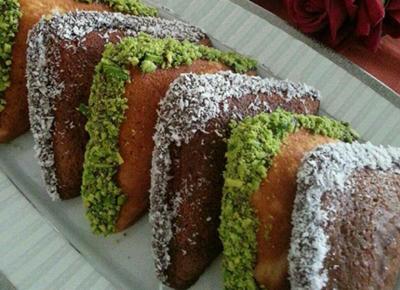 طرز تهیه کیک سه دقیقه ای