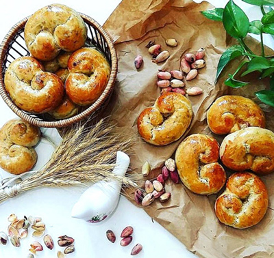 مواد لازم برای نان پسته, طرز پخت نان پسته