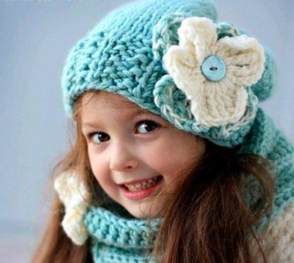 انواع مدل کلاه بافتنی دخترانه بچه گانه