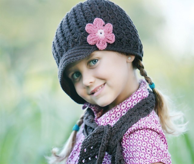 مدل کلاه و شال گردن بافتنی دخترانه بچه گانه