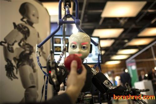 تضاد عقاید برسر استخدام ربات